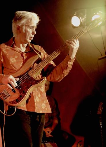 Bernd Ohnesorge - Bass